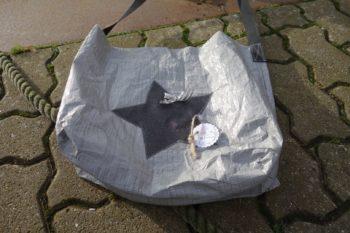 Upcycling - Tasche IKEA Deluxe aus Abdeckplane mit Stern flach